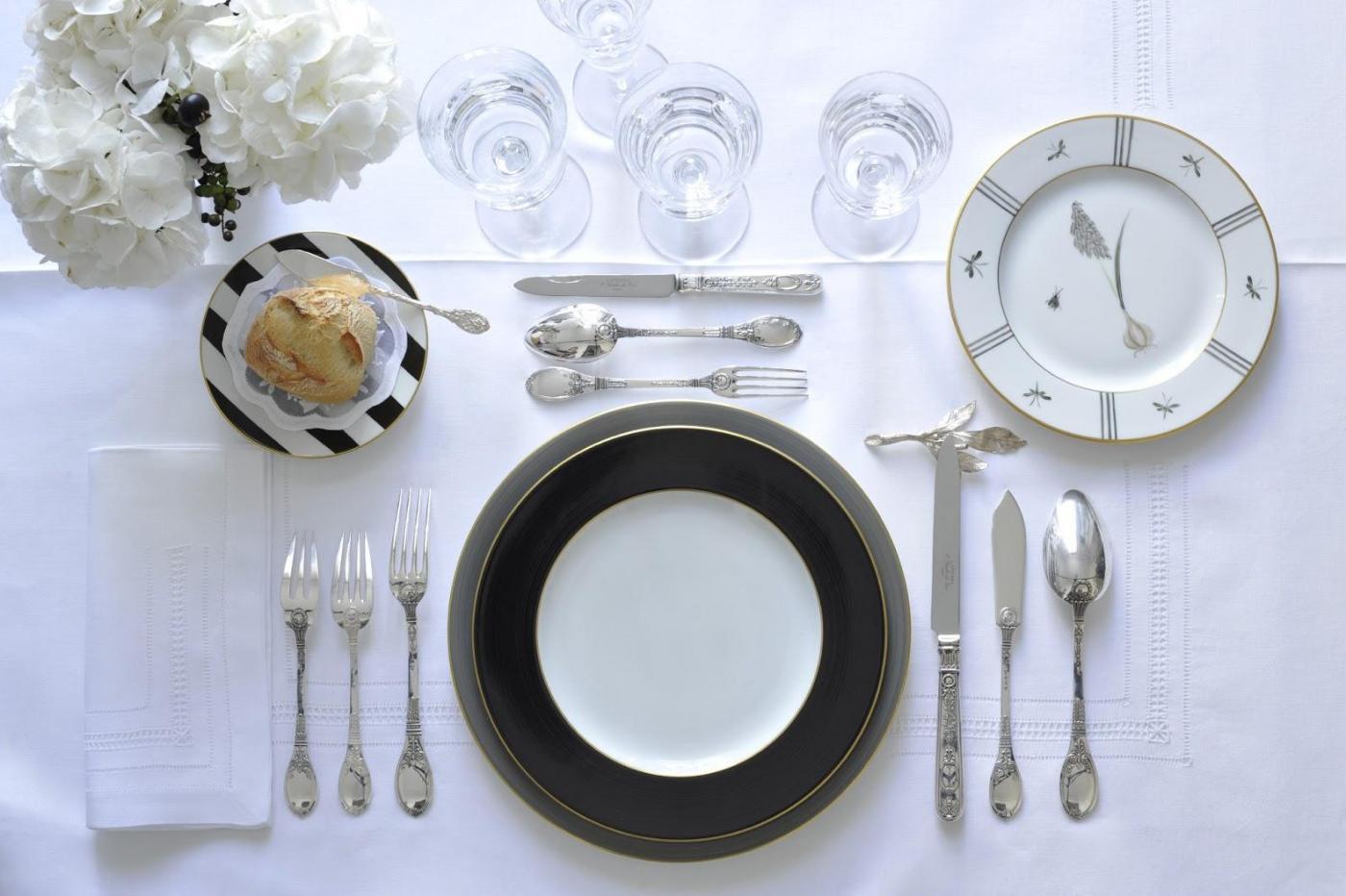 dressage de table blog z dio. Black Bedroom Furniture Sets. Home Design Ideas