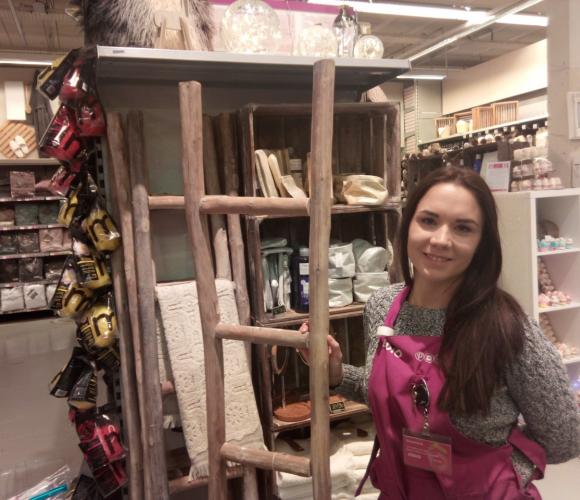 J'ai choisi pour maman l'echelle en bois brut de chez POMAX!