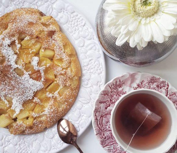 Gâteau Express aux Pommes à la poêle – Simplicité, Rapidité, Efficacité