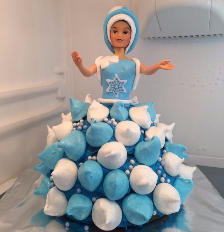 Cake design Poupée Reine des Neiges