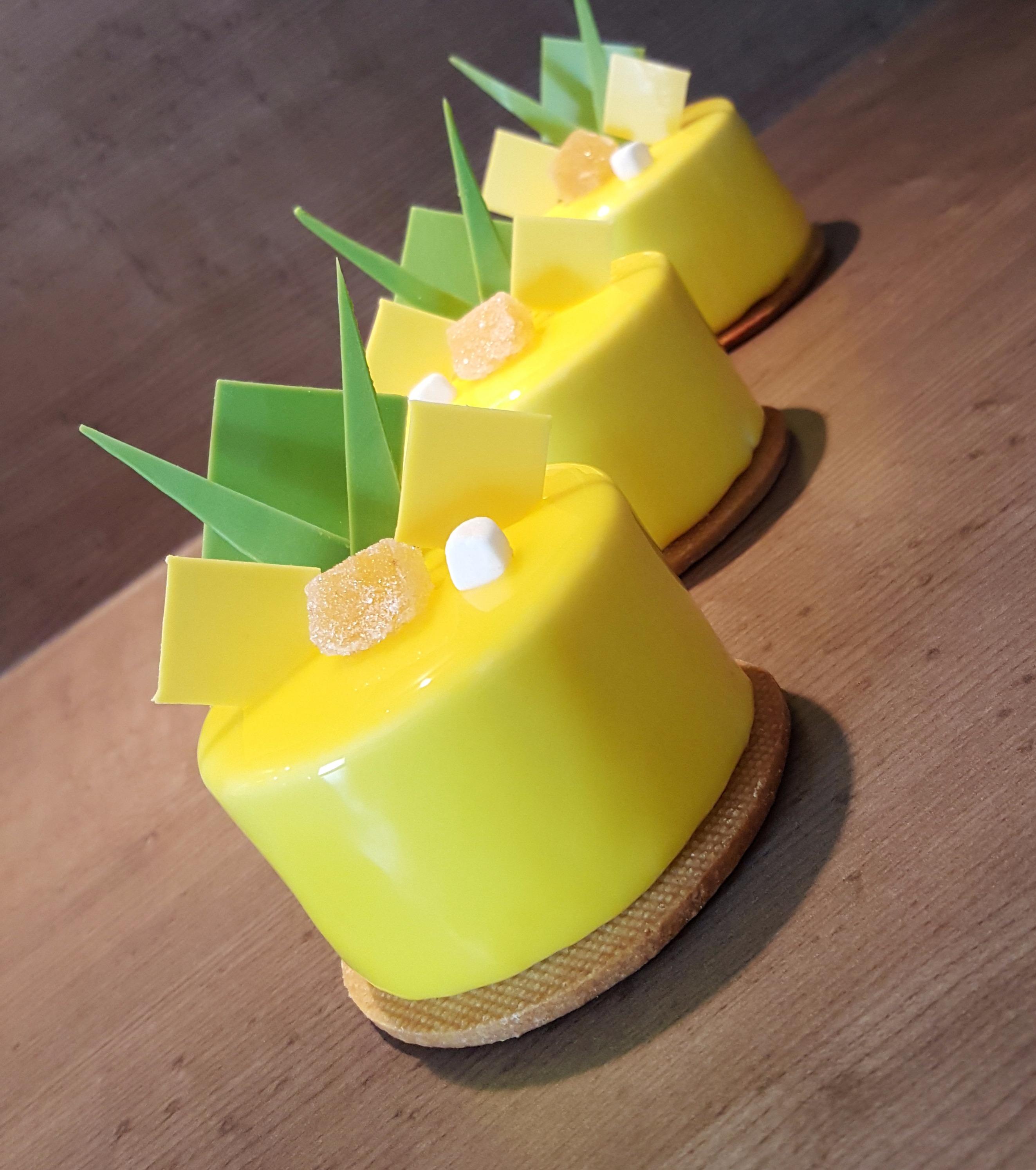 Petits gâteaux ananas & citron vert.