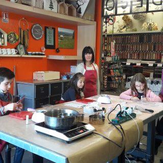 Atelier binôme parents/enfants : fabrication de savons personnalisés