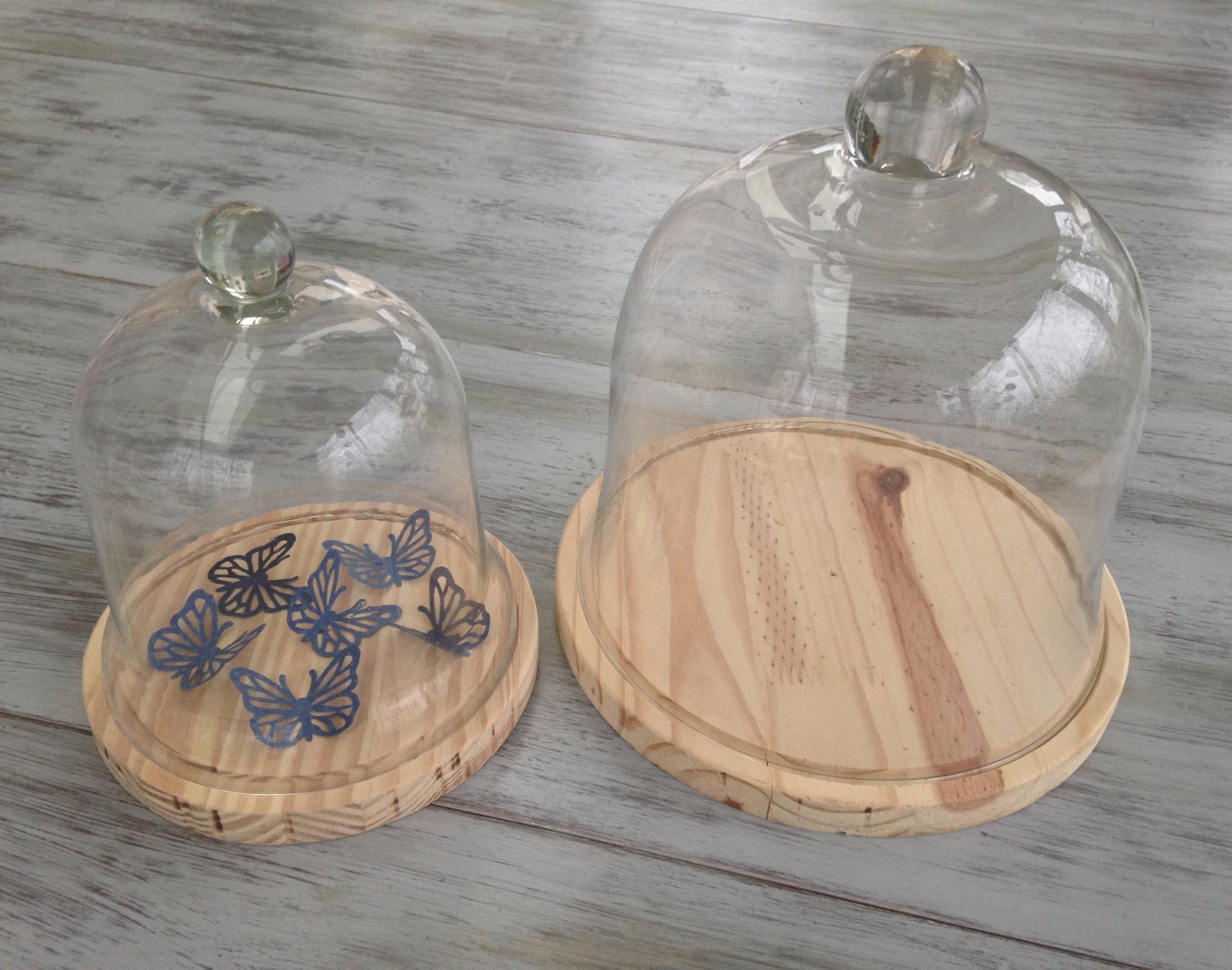 Dessous de cloches en verre réalisés en bois