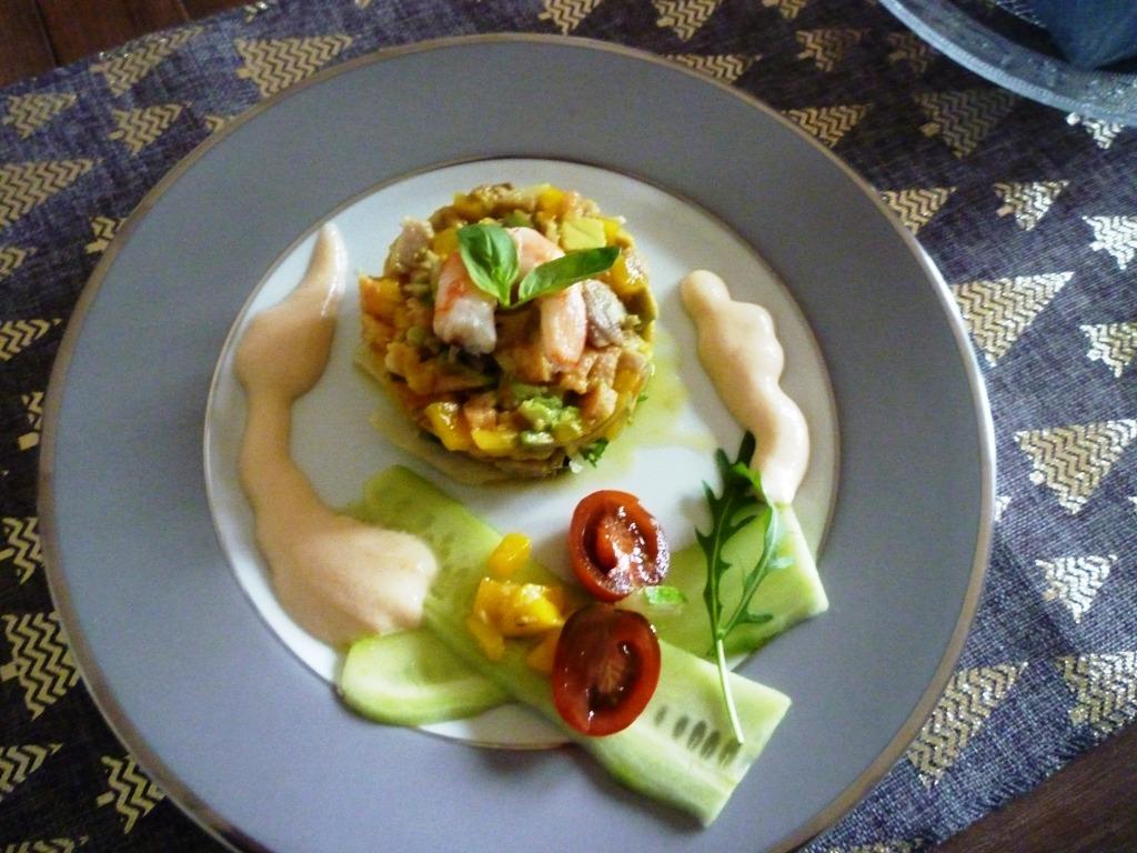 Trio de poissons et ses légumes sauce exotique