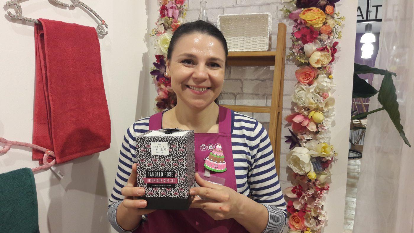 Cofret cadeau de luxe TANGLED ROSE 4 PRODUITS