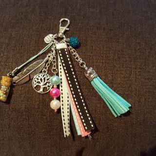 Porte clefs tout fait mains