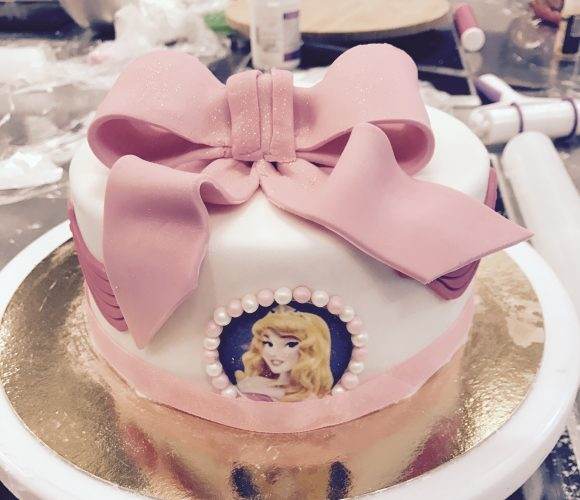 Atelier cake design – gâteau de princesse à Zodio Cesson avec Bénédicte