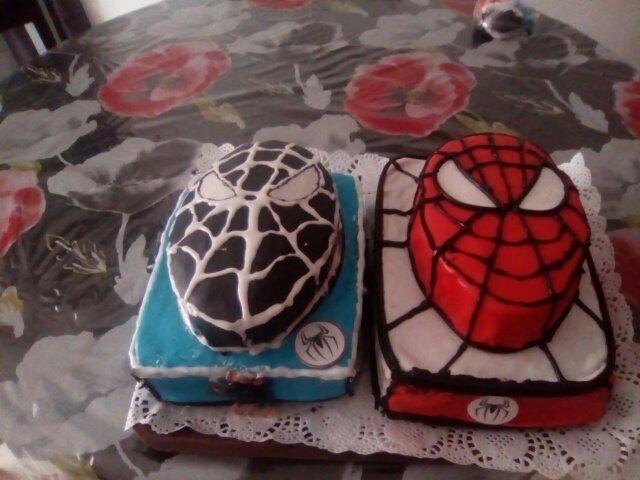 gateau spider man !!!!