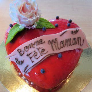 Fête des Mères : Un coeur frais de nougat glacé garni de perles de sorbets framboise et mangue passion !