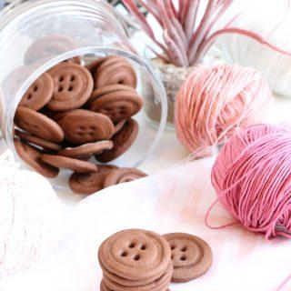 Biscuits boutons chocolat et tonka