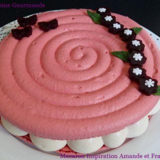 Macaron Inspiration Amande - Framboise - Cassis