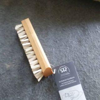 J'ai testé pour vous la brosse anti-peluche REDECKER (poils de chat)