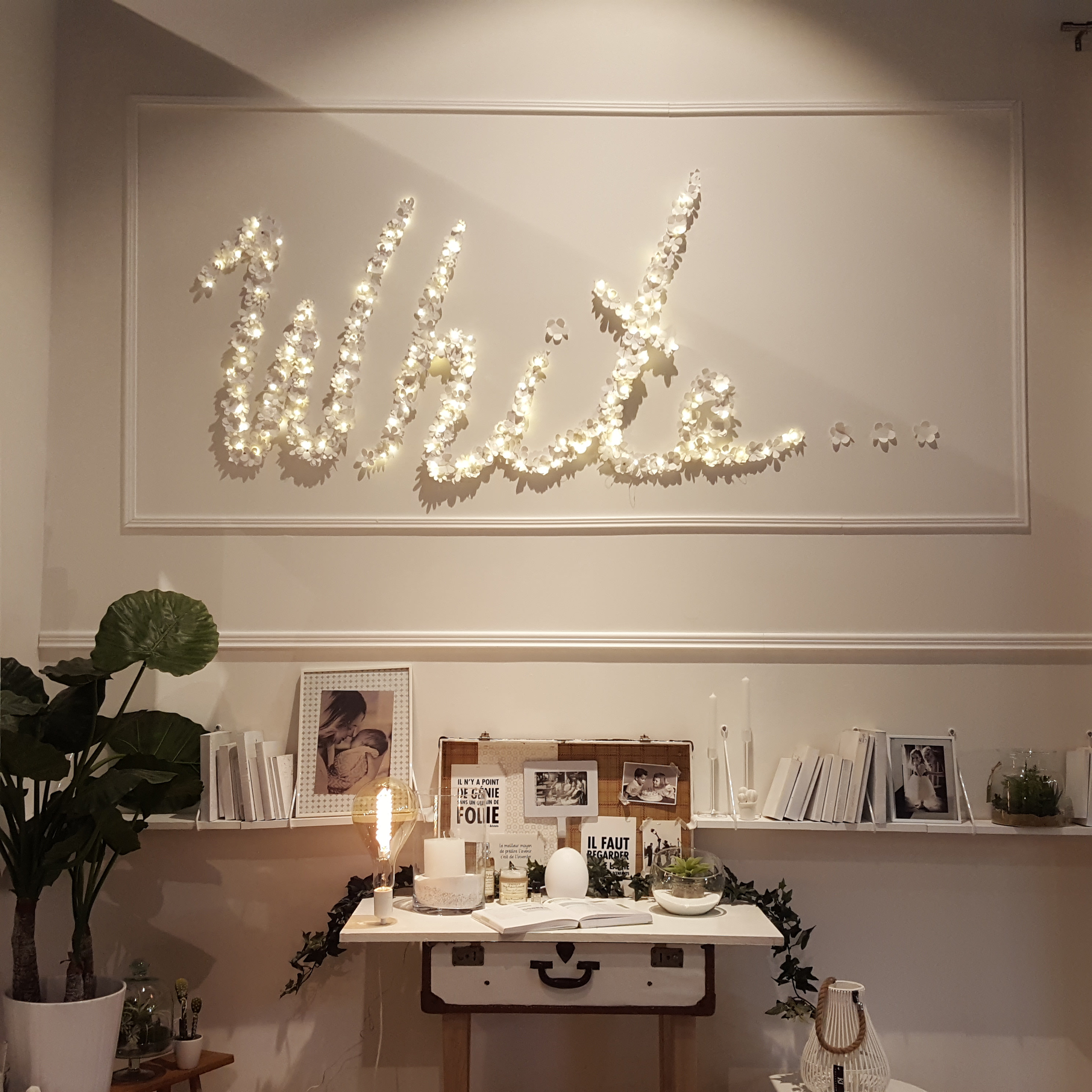 la maison v tue de blanc nouveau d clic white craft. Black Bedroom Furniture Sets. Home Design Ideas