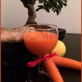 Jus de carottes, citron et gingembre