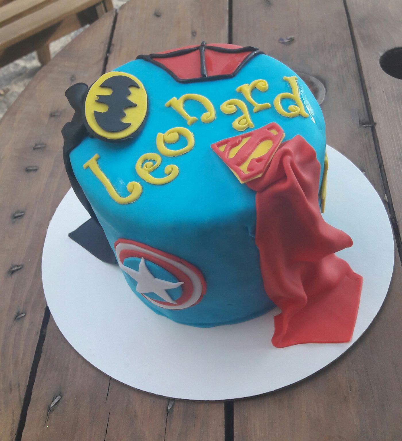 Gâteau roulé Super Héros