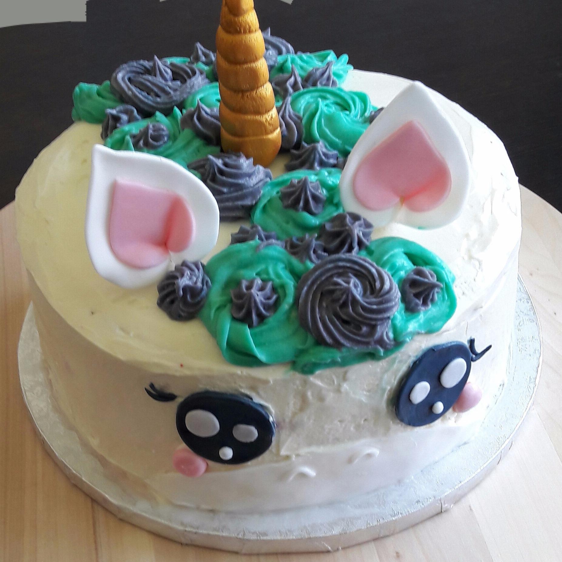 Gâteau Red Velvet Licorne