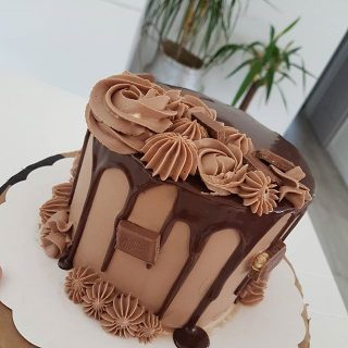 Layer cake Milka noisettes entières