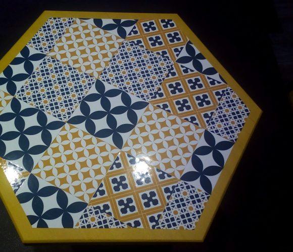 Table de salon carreaux de ciment