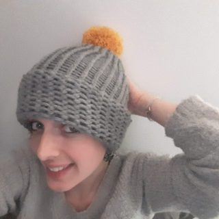 Brrr... Un bonnet vite fait pour des oreilles au chaud!