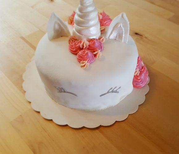 Gâteau licorne (citron/fraise) Pâte à sucre