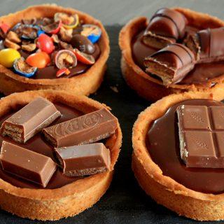 Tartelette chocolat caramel au M&M'S, kinder country, kinder buenos, Kit Kat