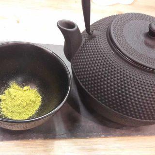 le MATCHA ... ou poudre de thé !