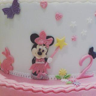 Minnie voit la vie en rose