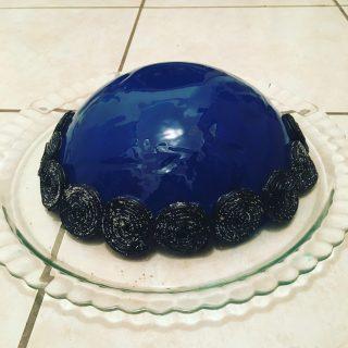 J'ai testé pour vous le colorant gel bleu patisdecor pour glaçage miroir