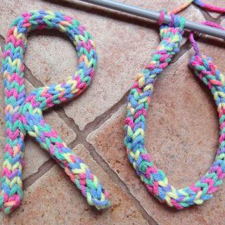 Connaissez vous la i-cord (ou le tricotin sans tricotin)