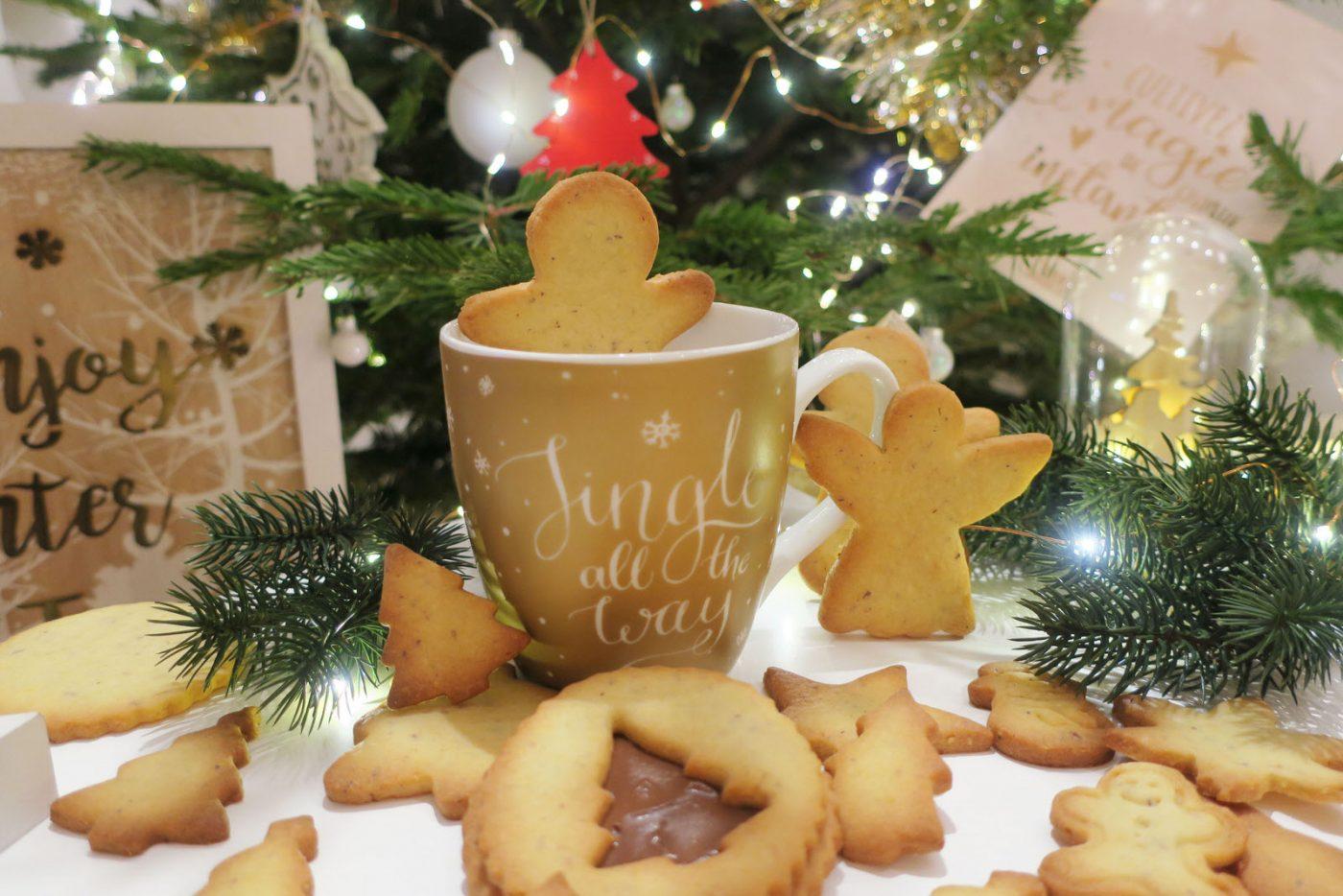 Petits sablés de Noël amande - noisette