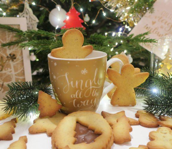 Petits sablés de Noël amande – noisette