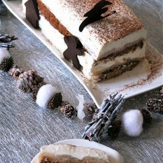 Bûche pain d'épices, poires, mousse mascarpone Bio, sans oeufs ni gluten....
