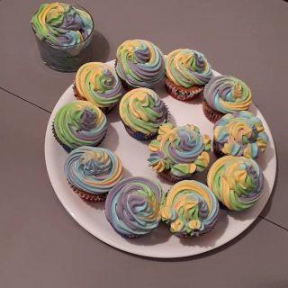 essais de rainbaw capcakes prise sur le livre de recette de l'atelier de roxane