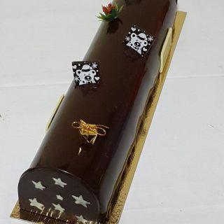 Bûche chocolat noir, insert mandarine sur génoise (bûche de 35cm)