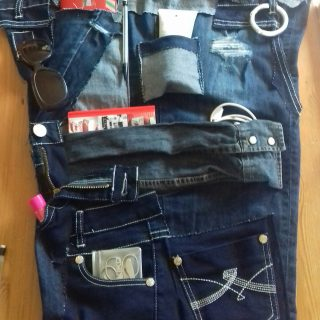 Vide poche secrets de fille...recyclage jeans et robe?