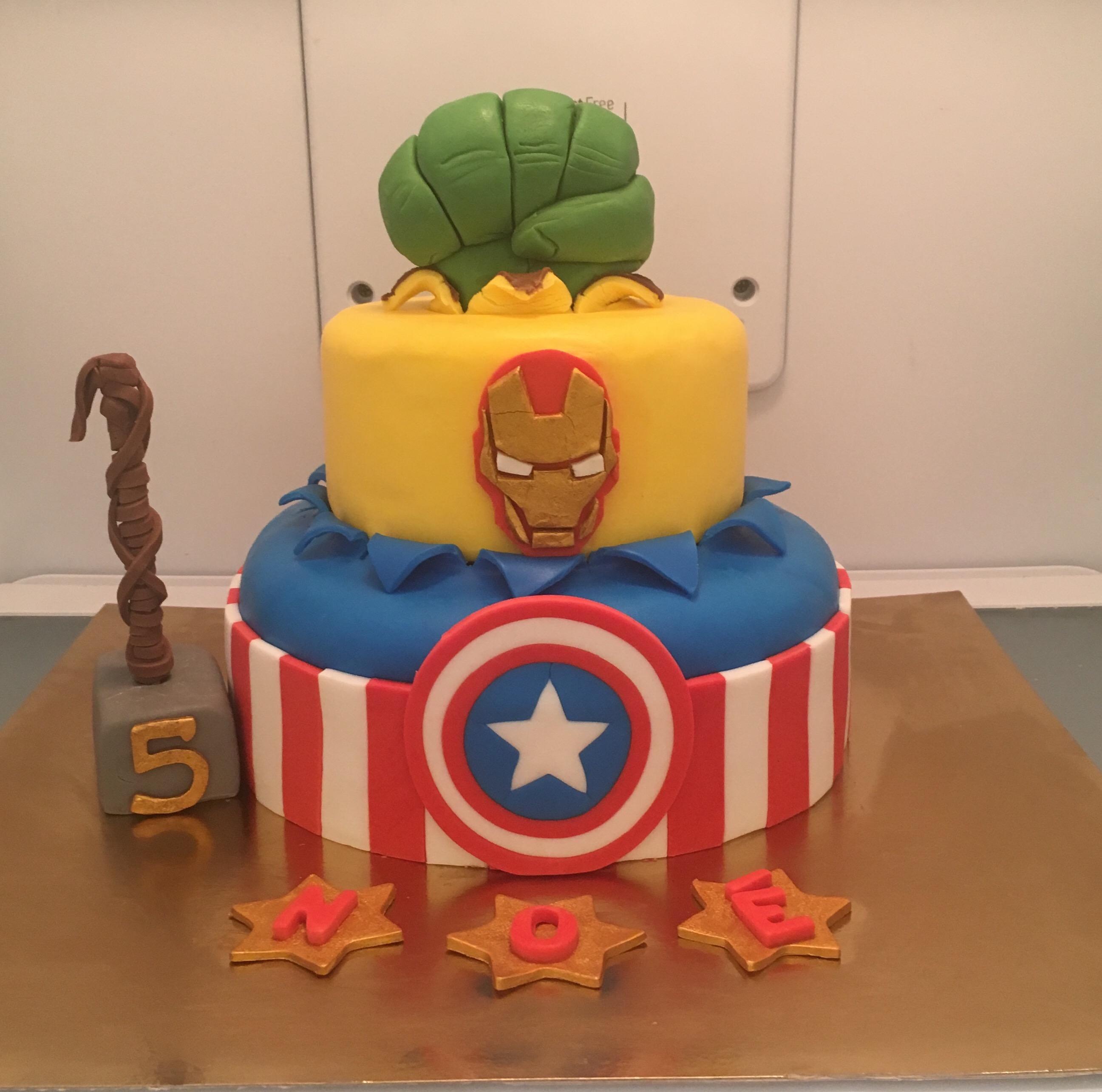 Cake design Avenger