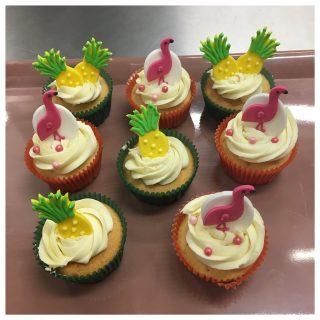 Mes cupcakes vanille framboise en mode Tutti/Frutti