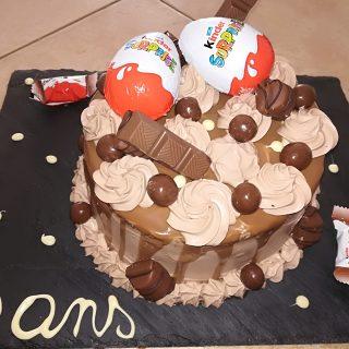 Layer cake kinder pour les 6 ans de mes ?