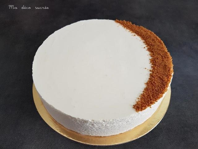Entremets brownie, croustillant spéculoos et bavarois vanille