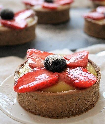 Tartelettes lemon curd / fraises { sans gluten, sans lait, sans oeufs }