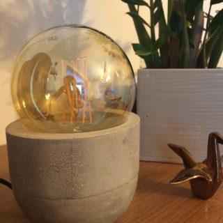 J'ai testé pour vous l'Atelier lampe béton