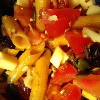 Salade de penne sucrée salée