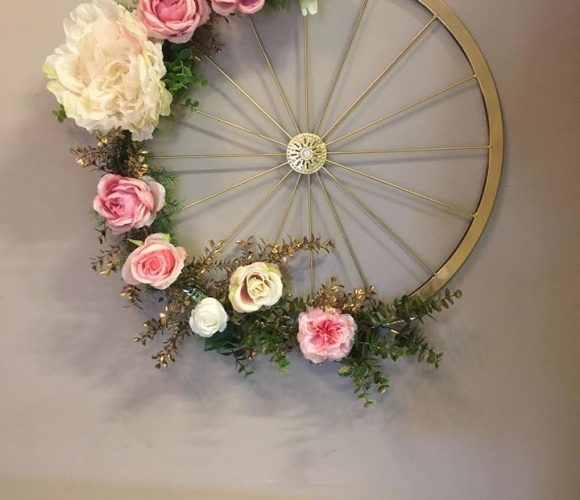 Roue Florale Décorative