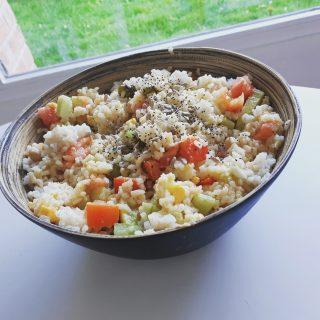 Salade de riz végétarienne et sans gluten