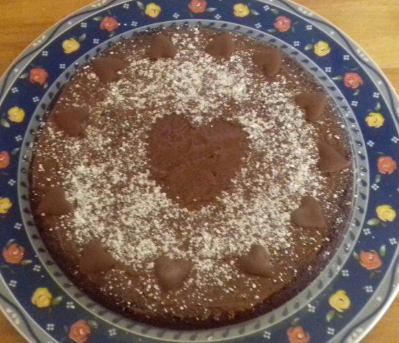 Gâteau chocolat avec Ilan 😍 pour souffler ses 13 bougies!