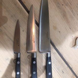 Couteaux de la marque DEGLON