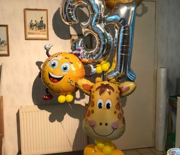 Bouquet de ballons anniversaire.