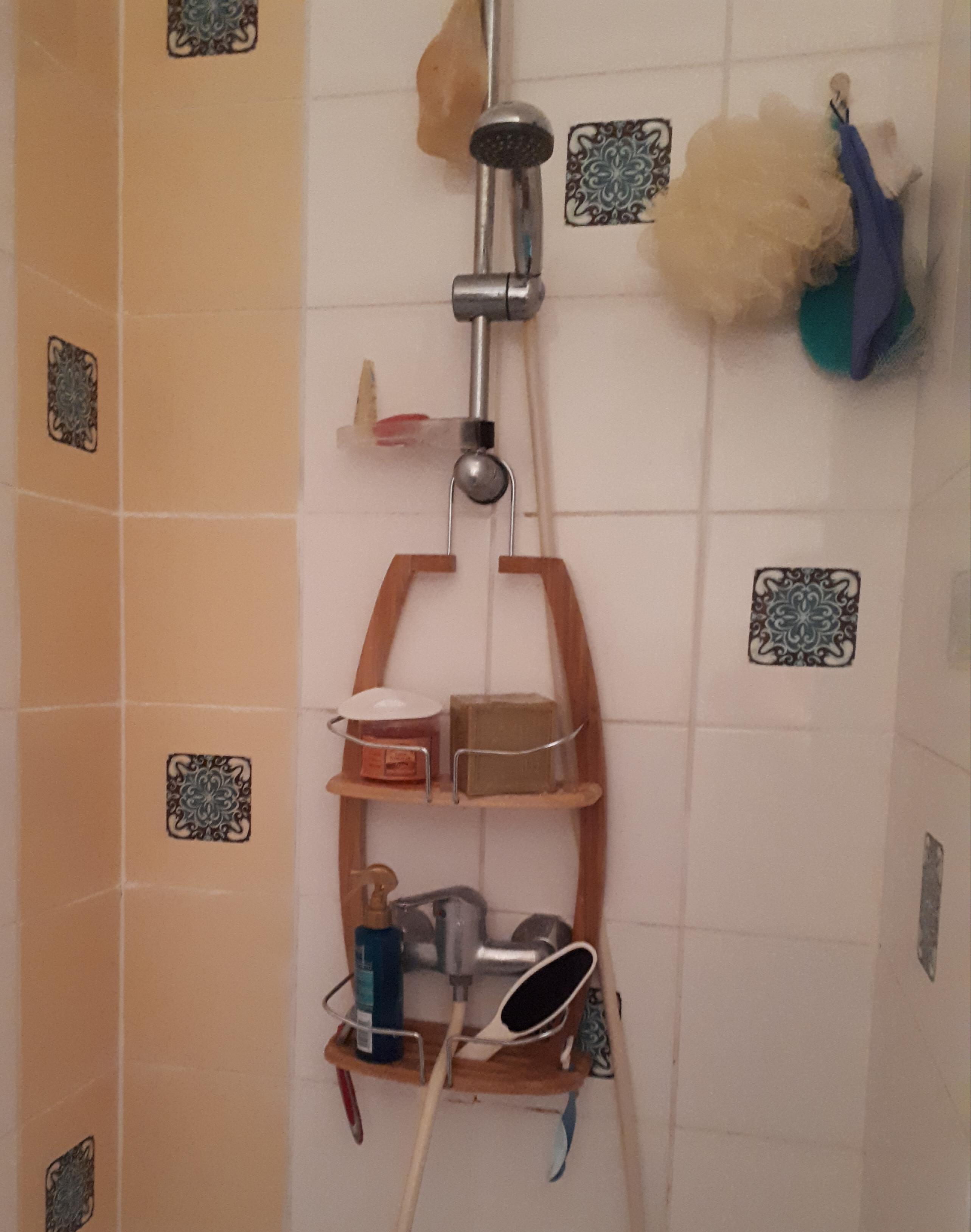 J'ai testé pour vous le serviteur de douche en bambou