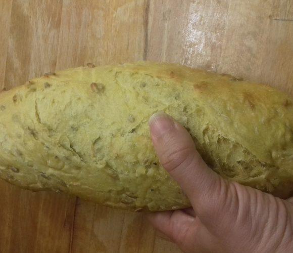 J'ai testé pour vous le pain mais curcuma céréales de l'atelier de Gavothé