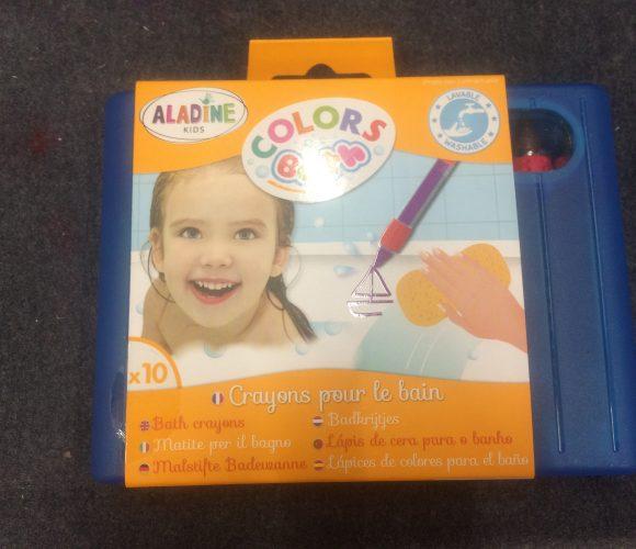 J'ai testé pour vous les crayons pour le bain Aladine